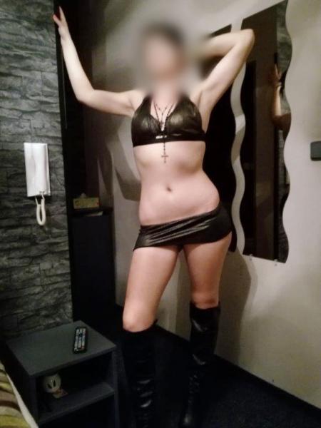 VANESA (26 let)