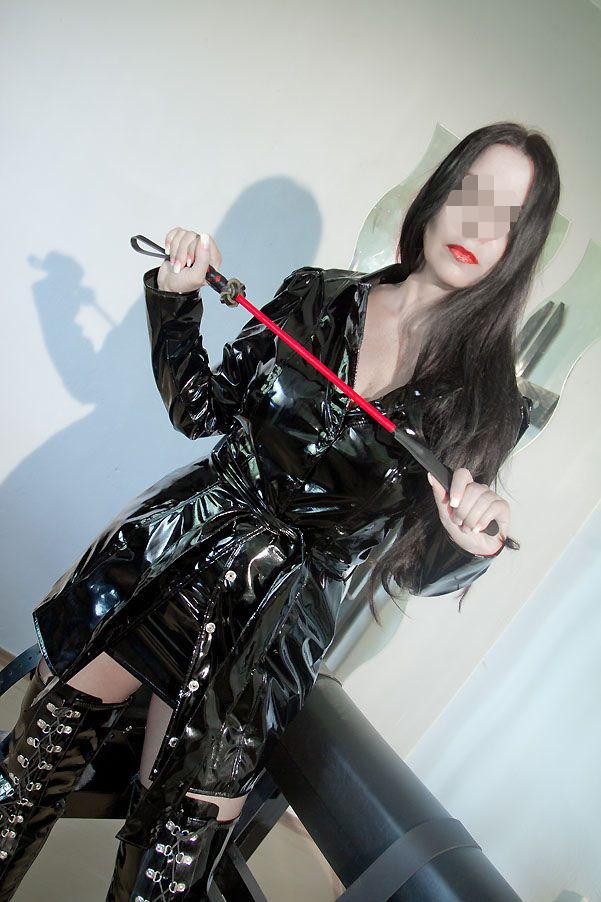 BDSM lekce Brno Madam GINA